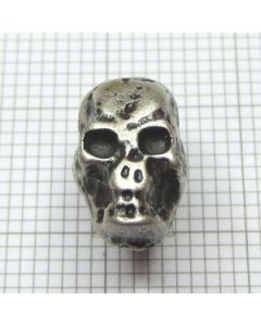 Small skull shaped studs art. C/6478 with rivet