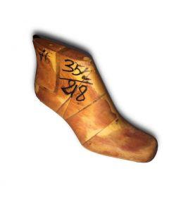 Forma in legno per calzature anni '80  (mod. 601199)