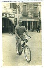 Alceste Collini in bicicletta nel 1939